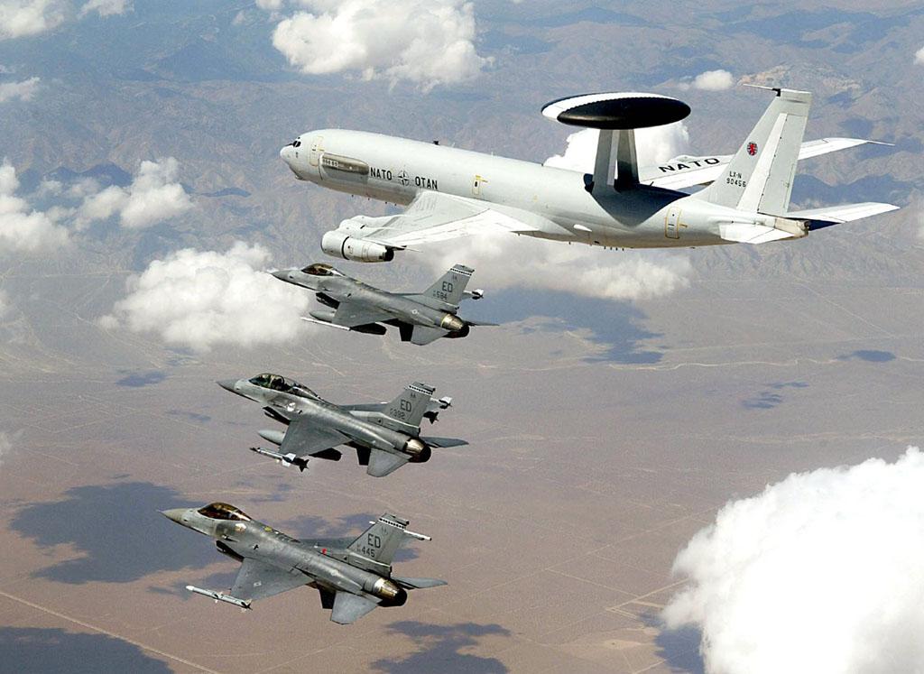 F-16 AWACS - 1