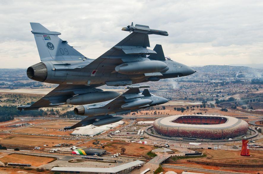 SAAF Gripen (6406 Photo Frans Dely).jpg