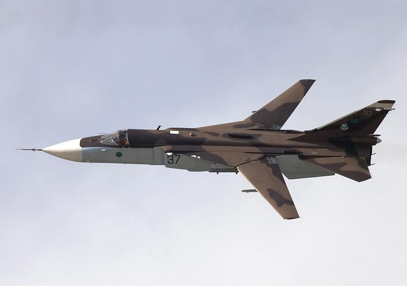 Durante a ofensiva, Rebeldes abatem Su-24 de Forças leais a Kadafi