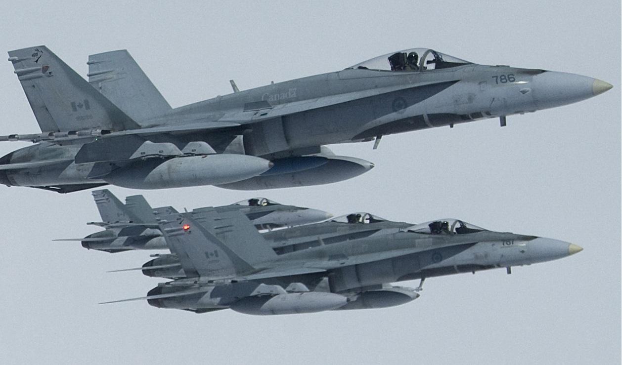 CF-18-foto-For%C3%A7a-A%C3%A9rea-Canaden