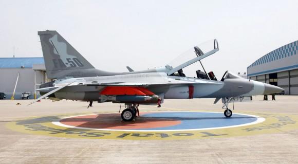 Primer vuelo del FA-50 de Corea del Sur. FA-50-31-580x319
