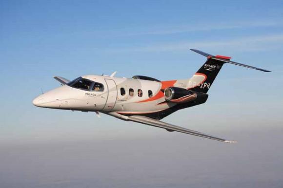 phenom-100-voo-foto-embraer