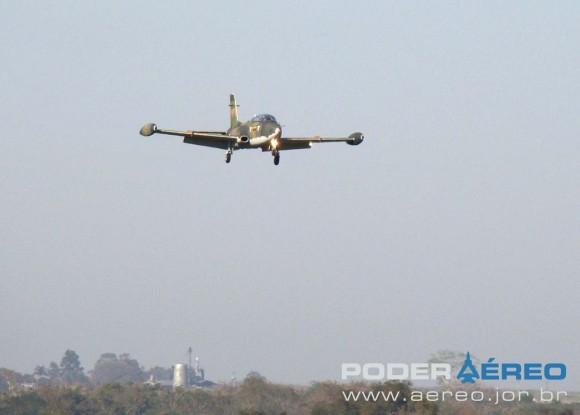 AT-26 FAB - IPEV - Domingo Aéreo AFA 2011 - foto Nunão Poder Aéreo