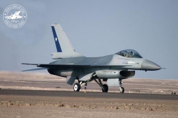 F-16 MLU Chile - foto FACh