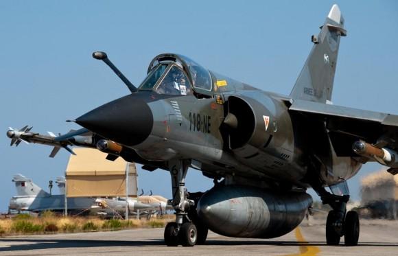 Mirage F1 desdobrado em La Sude para operações sobre a Líbia - foto 2 Armee de lair