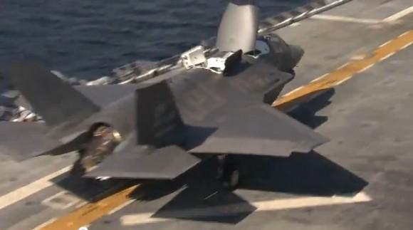Primeira decolagem de F-35B de convoo - imagem vídeo Lockheed Martin
