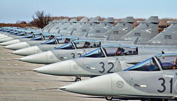 caças Gripen da Hungria - foto Saab