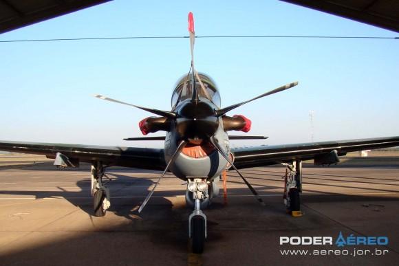 embraer - [Brasil] LAS: Embraer confiante na vitória A-29B-Super-Tucano-foto-Nunão-Poder-Aéreo-580x387