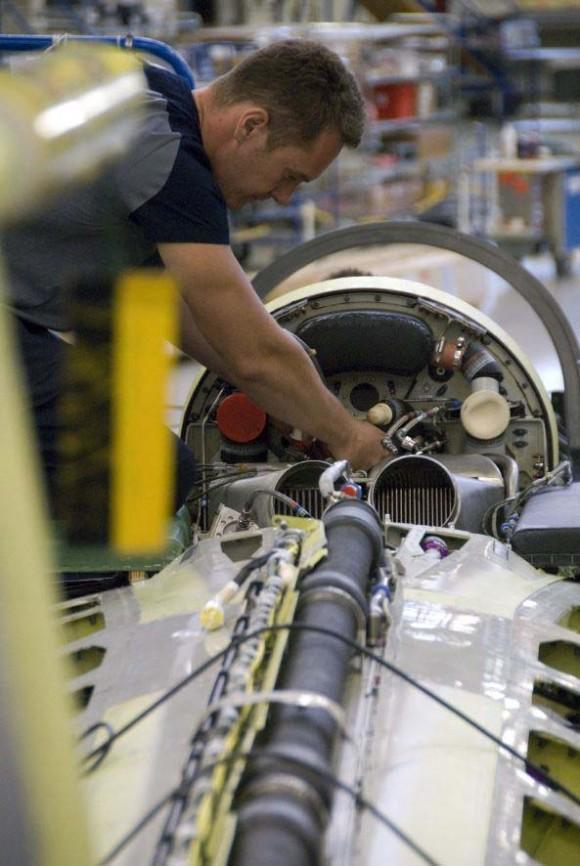 Gripen na linha de produção - foto Saab