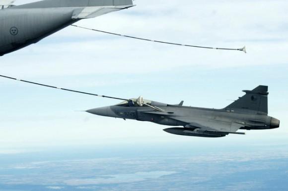 REVO de caças Gripen tchecos - foto 3 Min Def República Tcheca.jpg