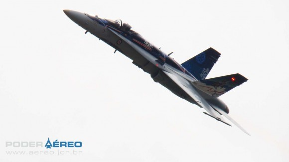 EDA 60 anos - CF-18 Hornet apresentação 1 domingo -  foto 4 Nunão - Poder Aéreo