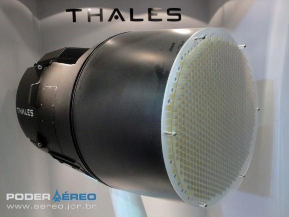 Radar RBE-2 AESA da Thales na Laad 2011 - foto 2 Nunão - Poder Aéreo