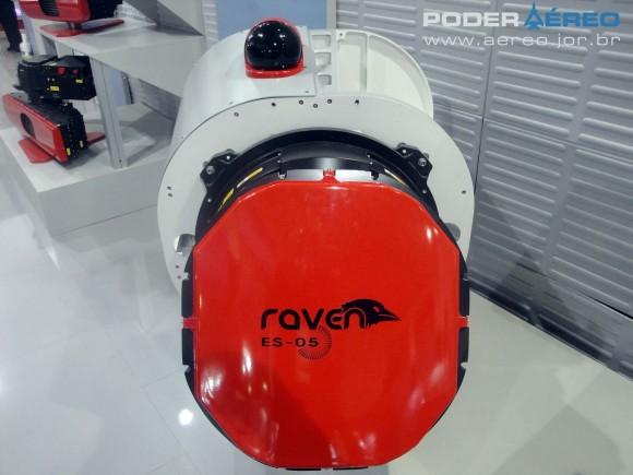 radar Raven ES-05 com Skyguard no alto - Laad 2011 - foto 3 Nunão - Poder Aéreo