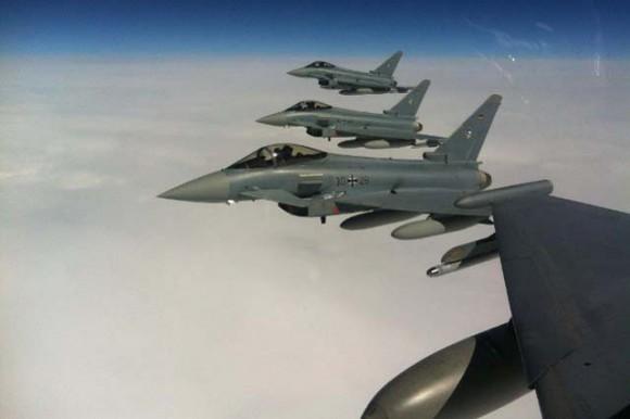 Typhoons alemães rumo a Eielson AFB para a Red Flag Alaska - foto Luftwaffe - JG74