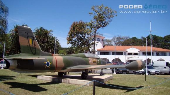 AT-26 Xavante BASP Portões Abertos 2012 - AT-26 Xavante do 4 EMRA - foto Nunão - Poder Aéreo