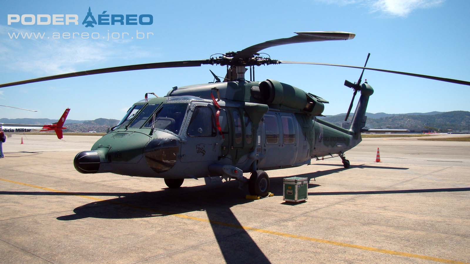 BASP Portões Abertos 2012 - H-60 Black Hawk FAB - foto Nunão - Poder Aéreo