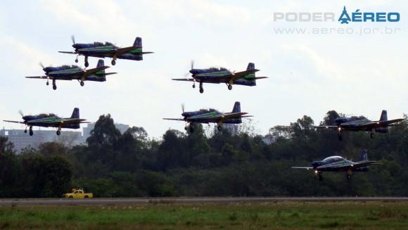 PAMA-SP 2012 - 22set - Tucanos do EDA -  foto 3 Nunão - Poder Aéreo