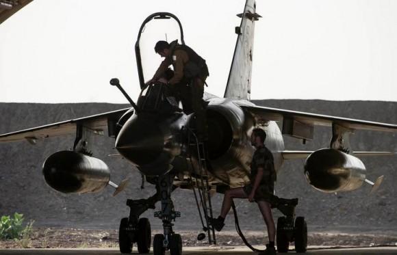 Mirage F1 deixa o Chade - foto 2 Força Aérea Francesa