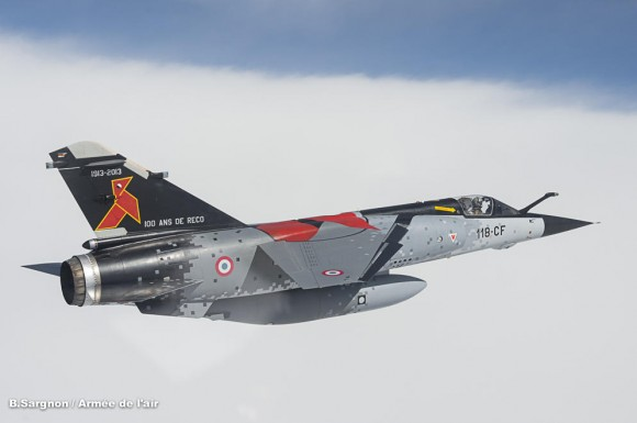 Mirage F1CR com pintura comemorativa dos 100 anos da esquadrilha Cocotte - foto 2 Força Aérea Francesa