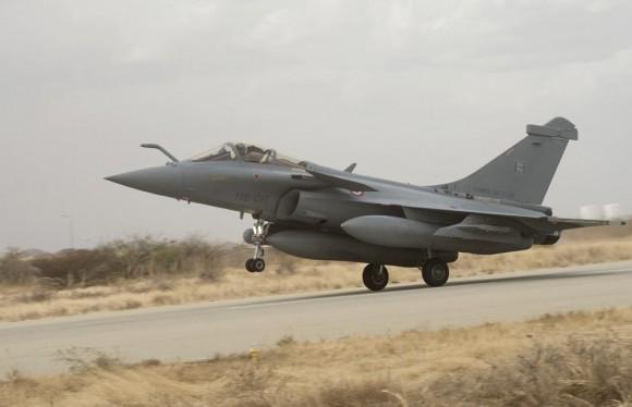 Caças Rafale desdobrados em Abéché no Chade - foto 4 Força Aérea Francesa
