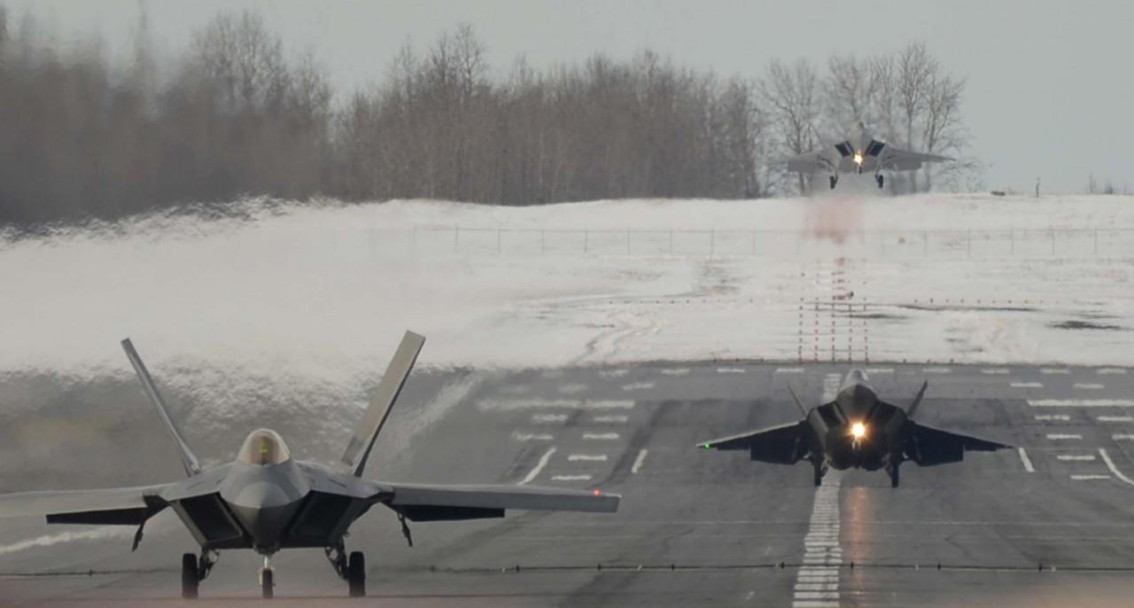 Raptor landing