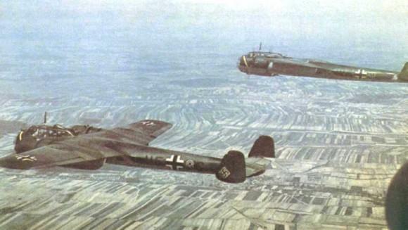 Do-17 em voo - foto via lsiupc