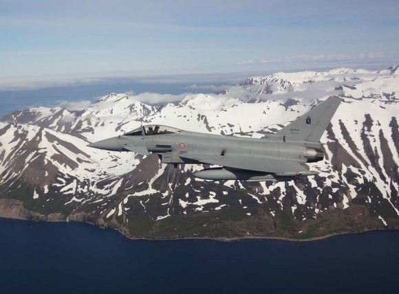 Caças Eurofighter italianos na Islândia - foto 2 Força Aérea Italiana
