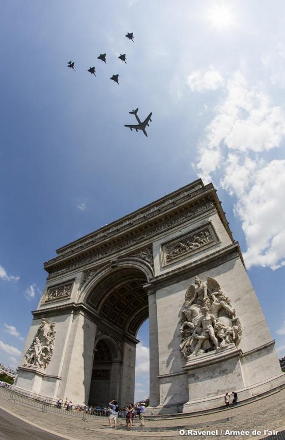 Ensaio em 9 de julho para desfile de 14 de julho no Champs-Élysées - foto Força Aérea Francesa