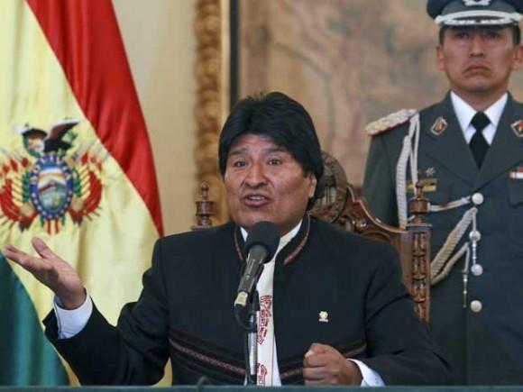 Morales fala à imprensa na sexta-feira 19 julho 2013 - foto J Karita - AP - via G1