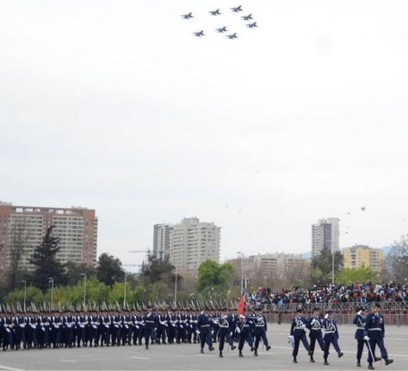 F-16 em parada militar chilena - foto FACh