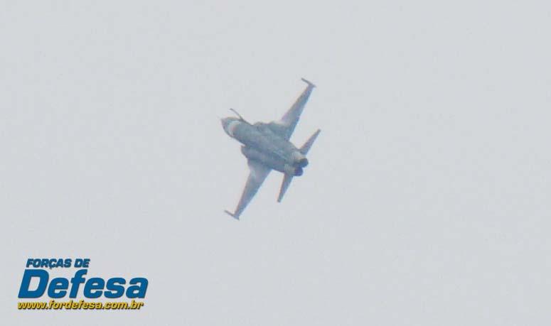 F-5EM no Domingo Aéreo 2013 PAMA-SP - Foto 2 Nunão - Poder Aéreo - Forças de Defesa