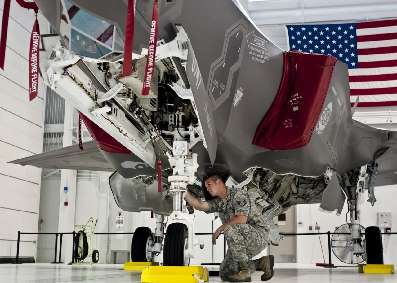 primeiro F-35 a chegar a Eglin AFB - foto USAF