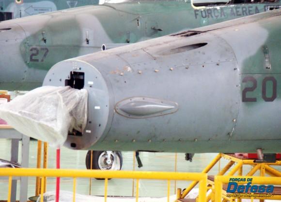 Caças F-5M em revisão no PAMA-SP - Domingo Aéreo 2013 - Foto 3 Nunão - Poder Aéreo - Forças de Defesa