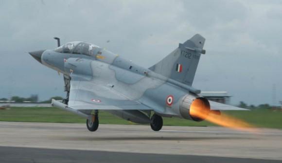 Mirage 2000 - foto Flight Global