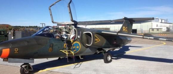 SK60 AU - Saab-105 com aviônica modernizada - foto Forças Armadas da Suécia