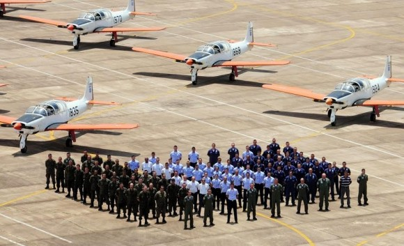 T-25 - 100 por cento de disponibilidade 42 aeronaves - foto 2 FAB