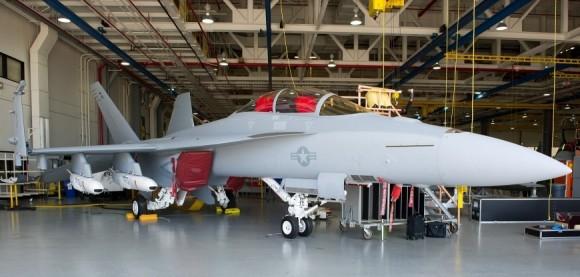 Joint Strike Missile em Super Hornet - foto Boeing