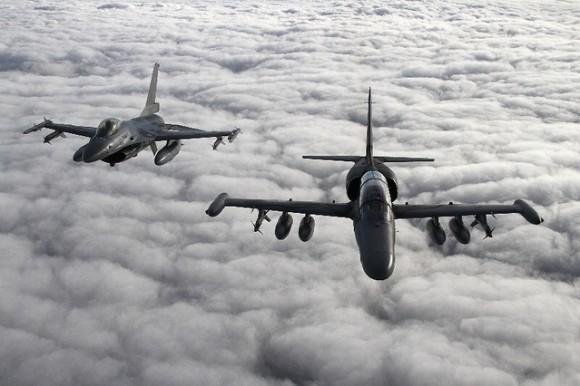 L-159 e F-16 no Baltic Eye - foto 2 MD República Tcheca