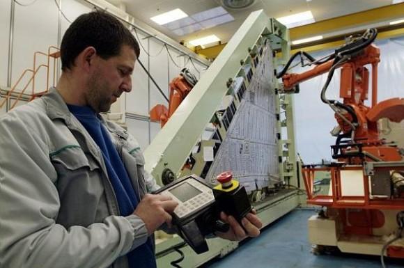 Produção de asas de Rafale em Martignas - foto Dassault