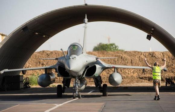 Rafale em alerta no Chade para operação na Rep Centro-Africana - foto Força Aérea Francesa