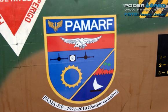 PAMA-RF - simbolo em fuselagem - foto Joker - Poder Aéreo