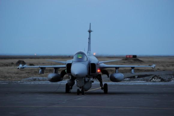 Gripen sueco no Iceland Air Meet 2014 - foto 2 Forças Armadas da Suécia