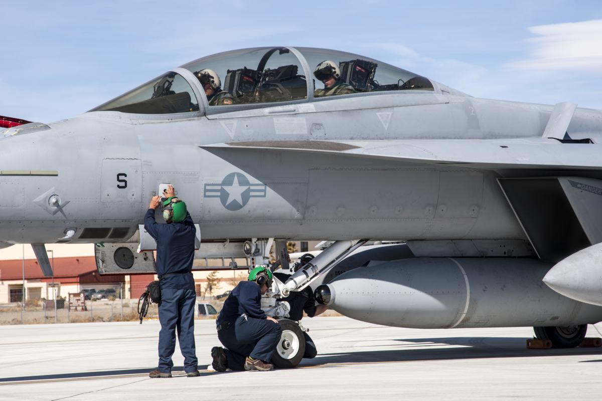 IRST no Super Hornet - foto LM
