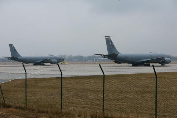 Dois KC-135 em Siauliai para reforço do destacamento no Báltico - foto MD Lituânia