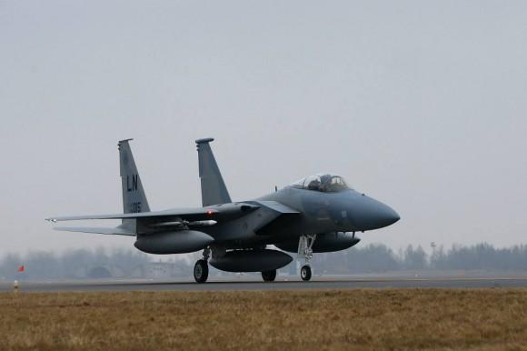 F-15 C de reforço ao destacamento no Báltico - foto MD Lituânia