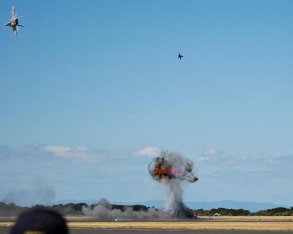 Hornets simulam ataque nos 100 anos aviação militar Austrália - foto Dept Def Australia
