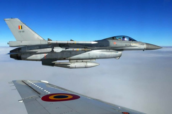 F-16 belgas - foto 2 via Forças de Defesa da Bélgica