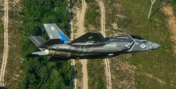 F-35B próximo a Eglin - foto USAF