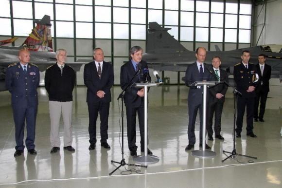 Gripen - assinatura extensão contrato de leasing - foto MD República Tcheca