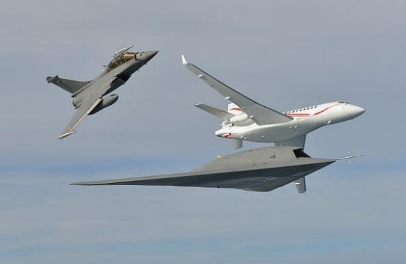 Rafale - Falcon - Neuron em break - foto Dassault